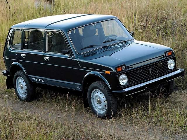 ВАЗ-2131 в поле